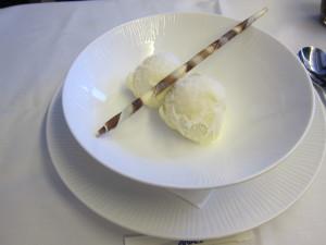 ANA First Class Dessert