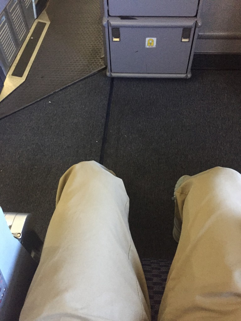 United Airlines economy plus in bulkhead